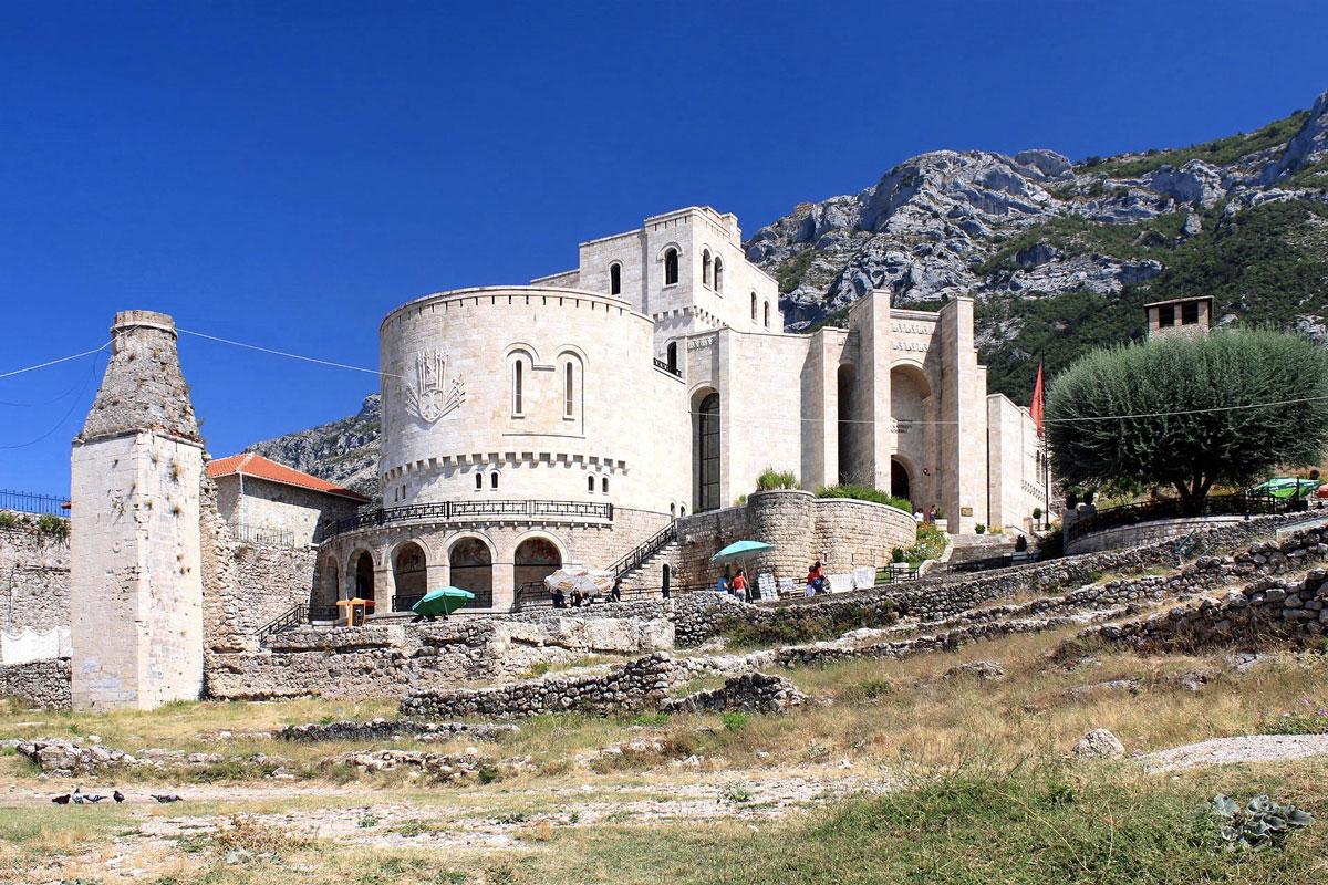 Albanie 3