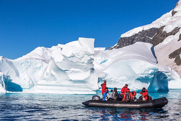 Voyageurs en Antarctique