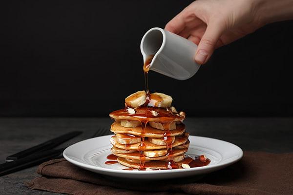 Pancakes et sirop d'érable