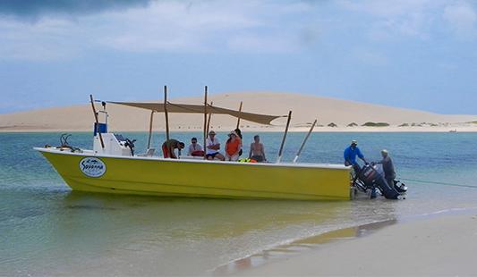 agence-voyage-locale-destination-mozsensation-bateau