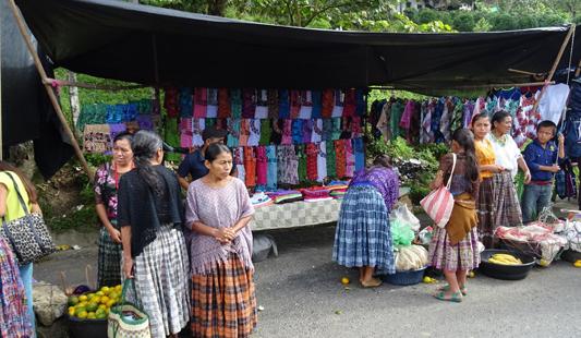 agence-voyage-locale-guatemala-mayan-zone-population