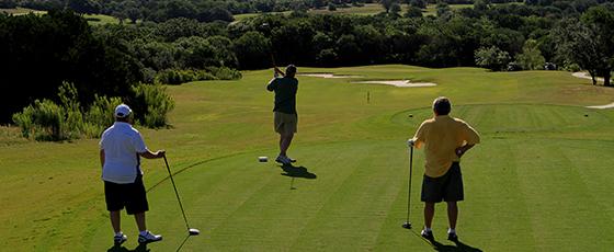 article-luxury-travel-vietnam-golf