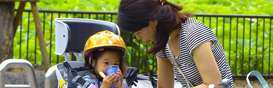 Malgré sa tradition américaine, la fête des mères est très suivie en Chine, le respect des aînés étant une valeur importante pour la plupart des habitants de l'Asie
