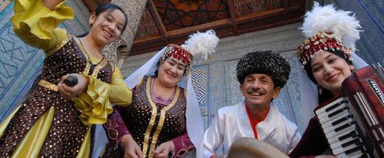 Danseuses en Ouzkékistan
