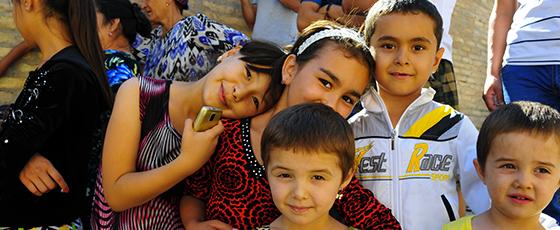 Doniyor, agent local en Ouzbekistan, conseille de découvrir Khiva, et la chaleur des habitants