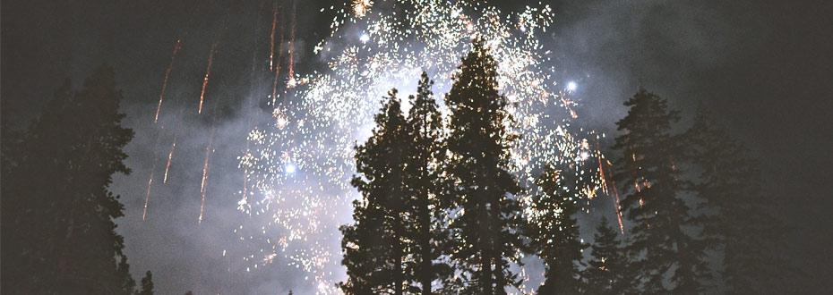 Nouvel An féérique sous les aurores boréales en Finlande