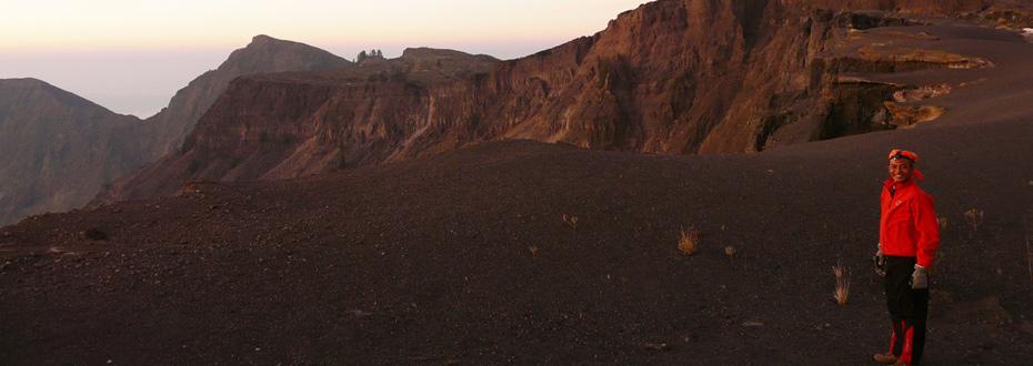 Sommet de la Caldeira du Volcan Tambora