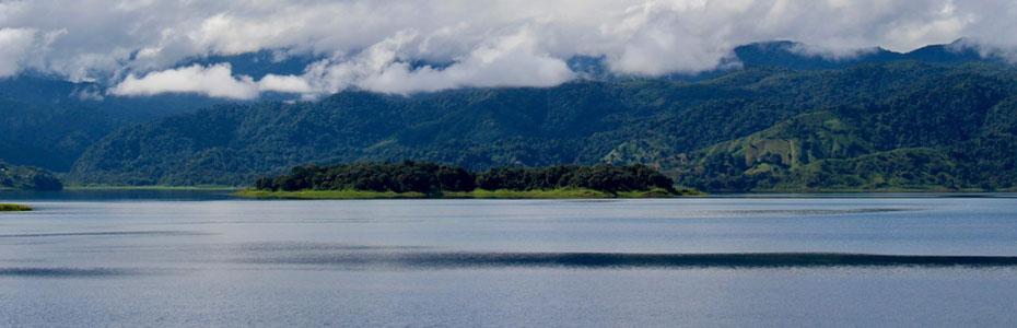 Le lac du Volcan Arenal.
